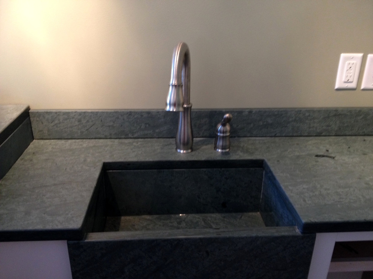 Custom Sink Top In Unfading Green Advantages Of Slate Countertops